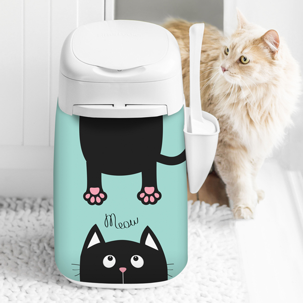 LitterLocker Design Plus Fabric Sleeve Cat-in-2 lifestyle